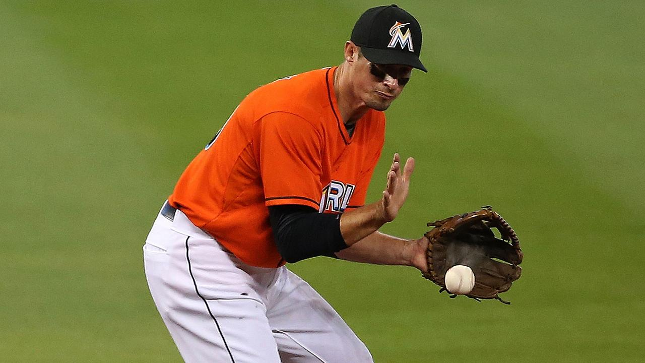 Marlins firman a un contrato de liga menor al veterano Don Kelly